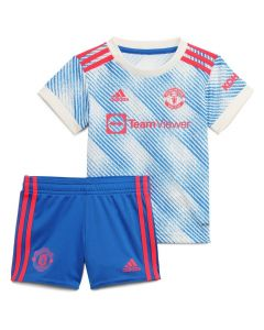 Front collective view of the Man Utd 21-22 infants away kit. White with blue pattern and red accent jersey and blue shorts with red accents.
