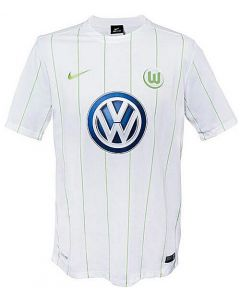 Wolfsburg Away Football Shirt 2016-17