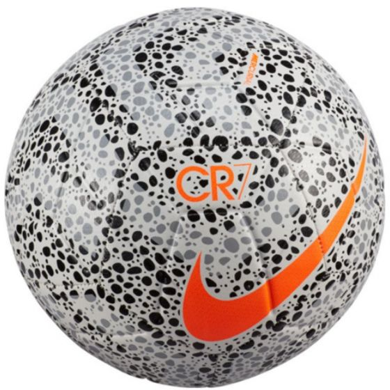 CR7 Nike Strike Football 2020/21
