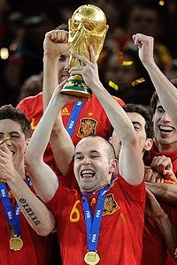 Andre?s Iniesta- The silent leader Spain world cup