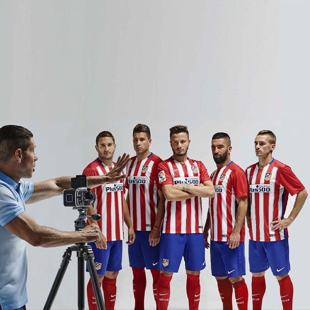 f28c6816609 ... Atletico Madrid Home Kit 2015 - 2016 Simeone