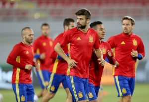 gerard-pique-driven-to-international-retirement-spain