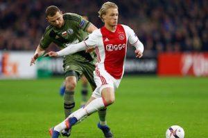Kasper Dolberg Looks to Upset Man Utd Speed Skill