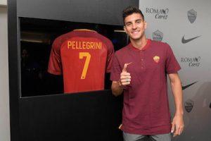 lorenzo-pellegrini-returns-to-roma-signing