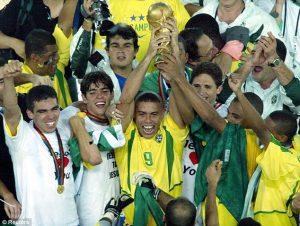 ronaldo-fenomeno-brazil-2002-world-cup