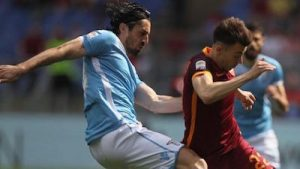 Stephan El Shaarawy Shows His Skill, Despite AS Roma's Coppa Italia Semi-Final Loss - Shaarawy tackling