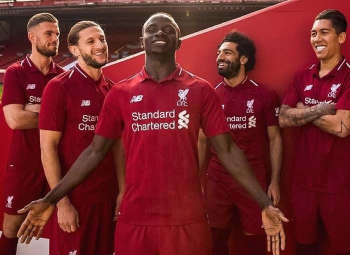 Liverpool Football Kit 2018/19