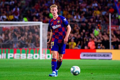 Frankie de Jong on the pitch for FC Barca