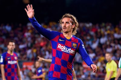 Antoine Griezmann wearing the 19/20 Barca kit