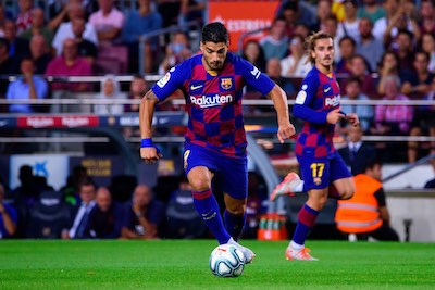 Luis Suarez playing for Barcelona FC