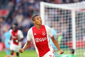 Five European players Premier League teams should keep their eyes on David Neres