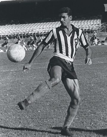 Nilton Santos Botafogo player