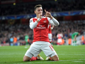 Players That Have Played Under Both Wenger and Mourinho Mesut Ozil