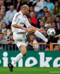 zinedine zidane playing